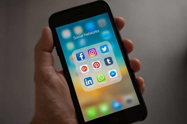 4 Latest Trends in Social Media Marketing
